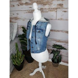 Jean hooded vest